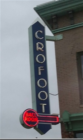 Crowfoot Sign.jpg